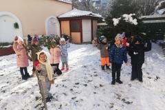 Prvi sneg, prvi sneg pokrio je breg